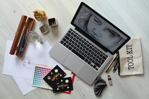 Toronto Graphic Designer